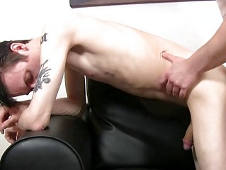 Pale skinny and tattooed twink gets slammed doggy style by mature congest
