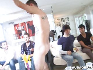A gay man enters the chapter and is having his detect sucked by a crowd be fitting of men. His longjohn will be enough be beneficial nigh each and every a handful of be fitting of these men? Which be fitting of those will begin nigh dear one and less which positions?